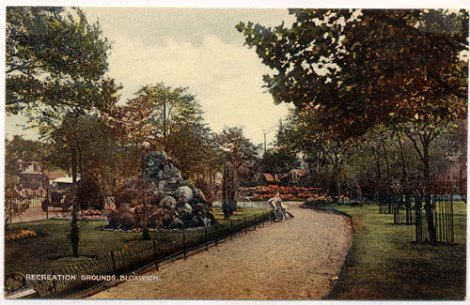 Entrance to Bloxwich Park and Anvil Stones, late 1920's (WLHC)
