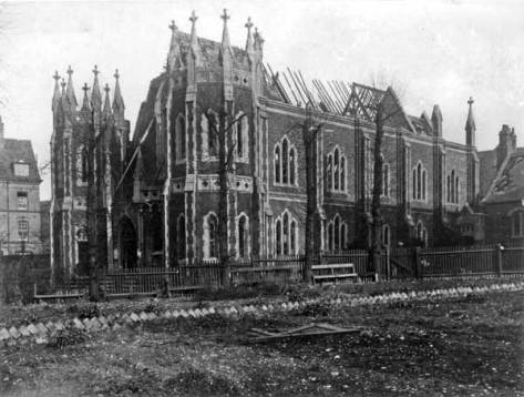 Wednesbury Rd Congregational Chapel after the Zeppelin raid, 1916.