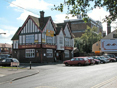 "The ""new"" Bull's Head in summer 2007"