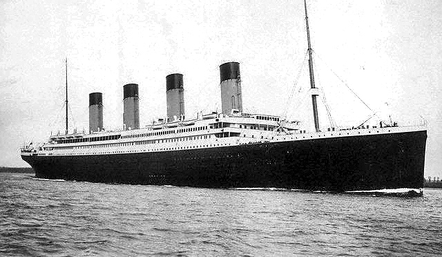 Titanic anniversary event in Bloxwich – with cake too!