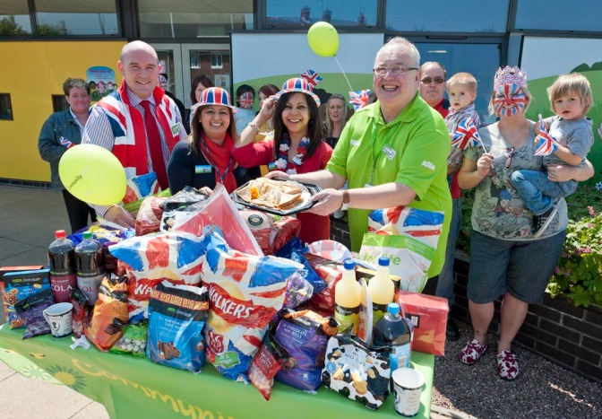 Asda helps Bloxwich residents celebrate Jubilee in style