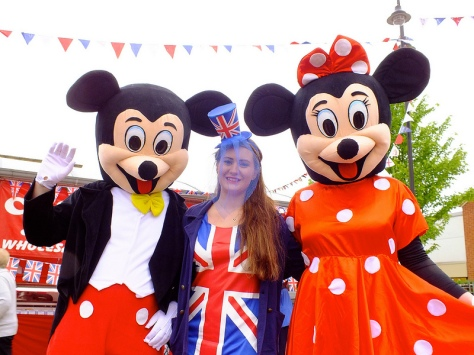 Micky and Minnie Mouse meet 2010 Bloxwich Carnival Queen Jessica Jones