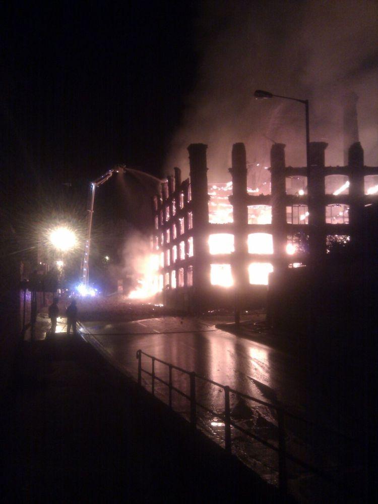 Boak factory fire courtesy Sgt John De Hayes (@ResponseSgt)