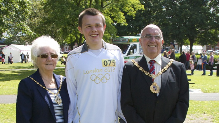 Callum Pattinson met the Mayor and Mayoress of Walsall at the Party in Bloxwich Park