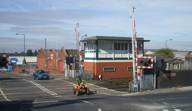 Bloxwich Level Crossing (courtesy John M)