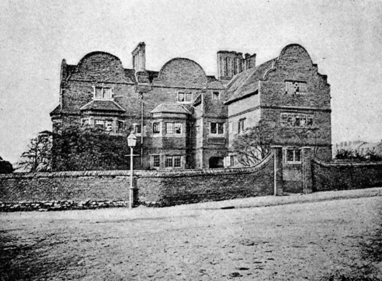 The 17th century White Hart pub, Caldmore, Walsall, c1896