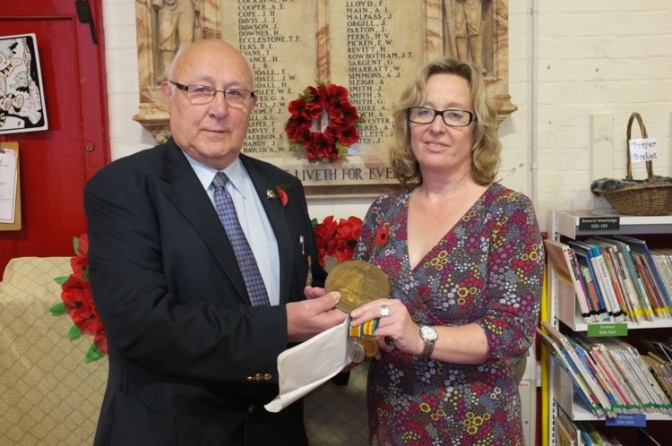 Elmore Green hero's Great War medals presented to school