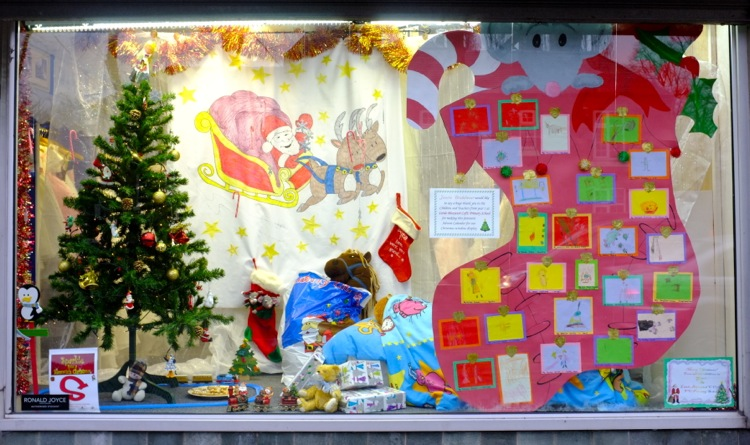 Jeneve Bridal Wear and Little Bloxwich C of E Primary School's winning entry in the School and Shop Window Decorating Competition