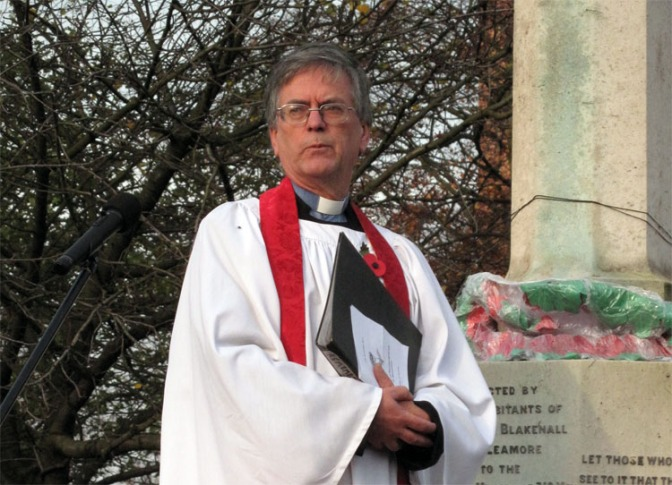 Bloxwich Rector to walk 87 miles for family worker