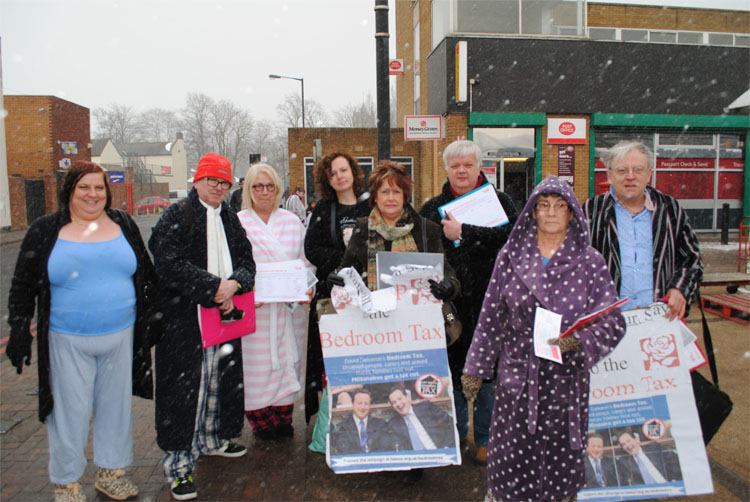 Labour Councillors brave the harsh weather in Bloxwich to protest the bedroom tax