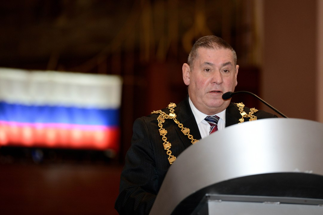 The Mayor of Walsall, Cllr Pete Smith, welcomes the assembly (pic courtesy Ed Bagnall)