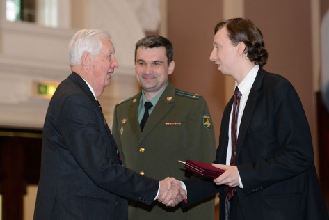 Third Secretary Sergey Fedichkin from the Embassy of the Russian Federation presented the medals (pic courtesy Ed Bagnall)