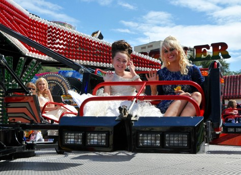 Bloxwich Carnival royals prepare to give it a whirl on the Sizzler