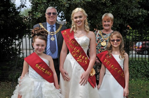Bloxwich Carnival Royalty for 2015 meets up with the Mayor of Walsall, Cllr Angela Underhill and her Consort Mr. John Underhill