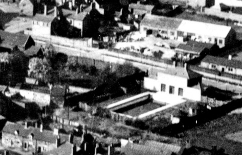 Bloxwich Baths (bottom right) in the late 1920s, before the roof was put on in the mid 1930s
