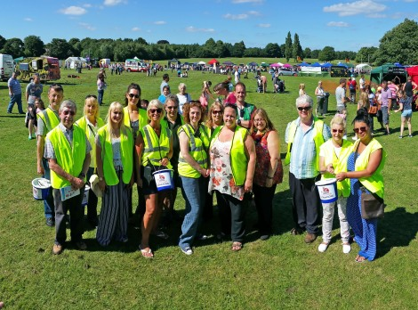 Bloxwich Carnival Committee and vounteers 2016